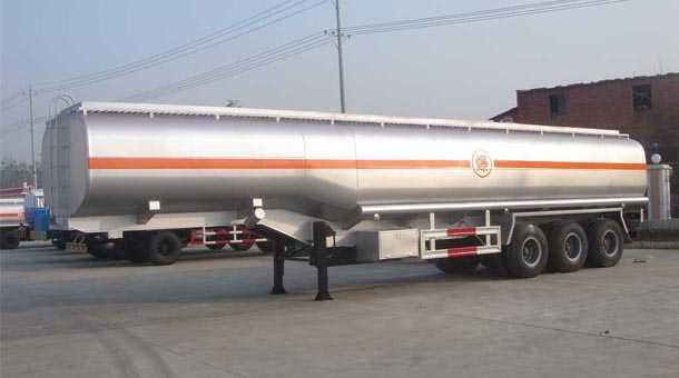 13米42.5立方运油半挂车