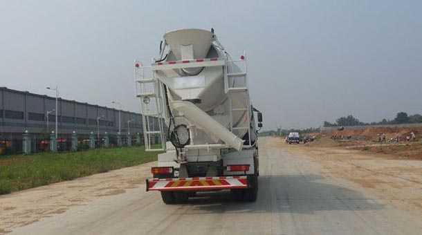 5立方混凝土搅拌运输车