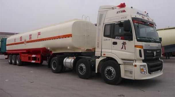 11.2米 43立方易燃液体罐式运输半挂车