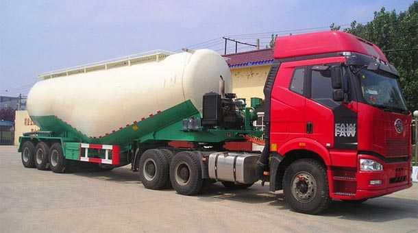 中密度粉粒物料运输半挂车 11米  45立方
