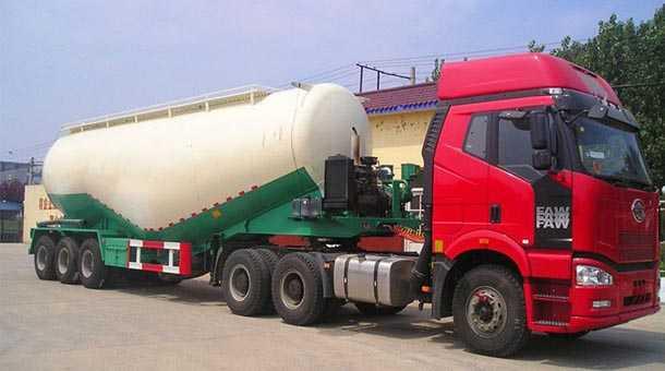 粉粒物料运输半挂车 10.5米 32立方