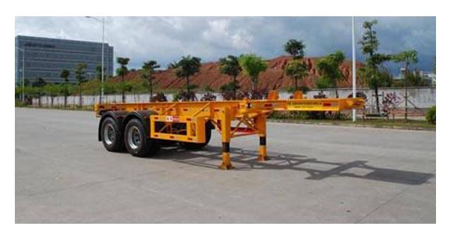 7.2米集装箱运输半挂车(20英尺集装箱)