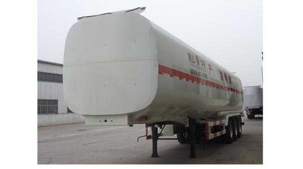 13米31.4立方加油半挂车