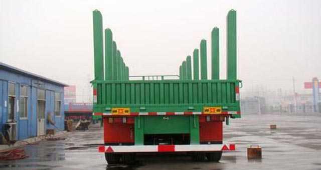 13米运材半挂车