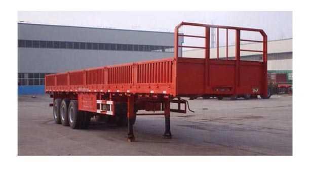 13米普通半挂车 30吨