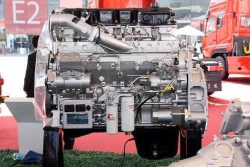 东风康明斯ISZ13升发动机