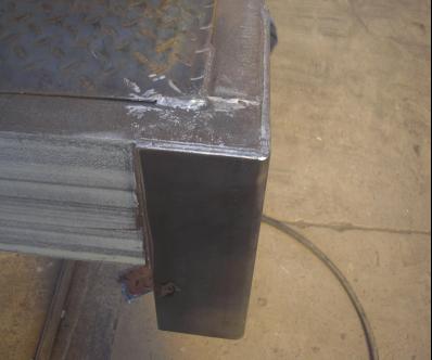 后包角焊接