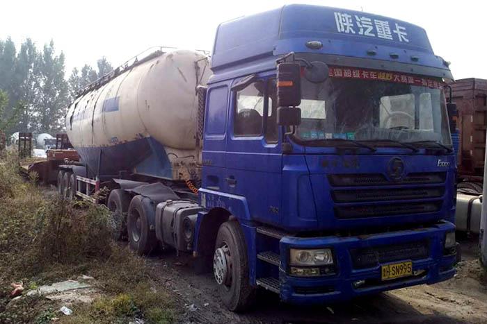 [济宁]2012年2012年陕汽德龙340马力45立方水泥罐车