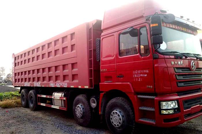 [济宁]2013年陕汽德龙M3000前四后八380马力2013年库存自卸车