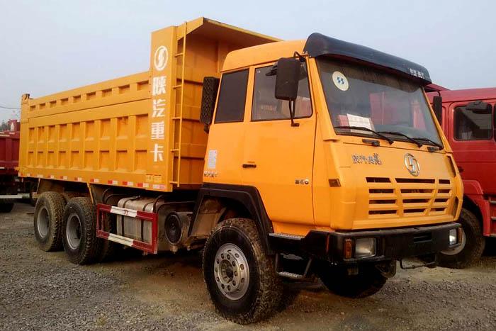 [济宁]2010年2010年陕汽奥龙后八轮340马力自卸车