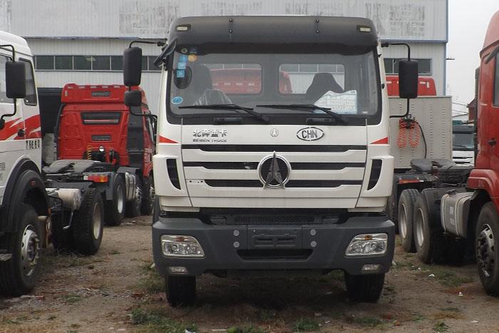 北奔重卡2014年单驱290马力挂车实拍图2