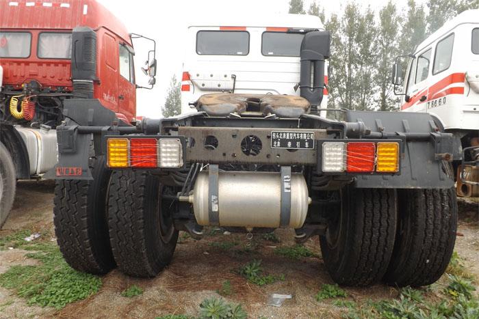 北奔重卡2014年单驱290马力挂车实拍图3