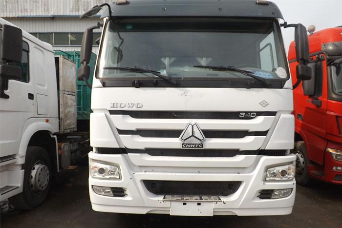 国五2014库存中国重汽340马力双驱牵引车 有11米高厢挂车实拍图3