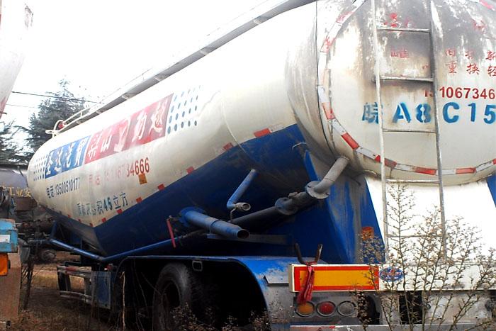 [济宁]2014年12月低价45立方散装水泥罐车 有手续