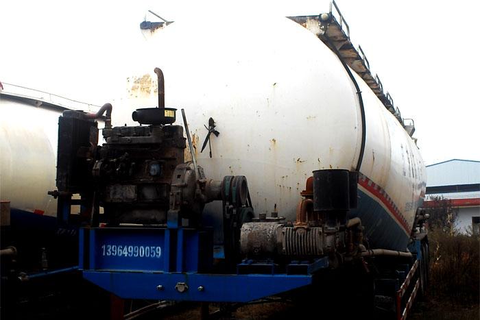 低价出售73立方散装水泥罐车 有手续实拍图2